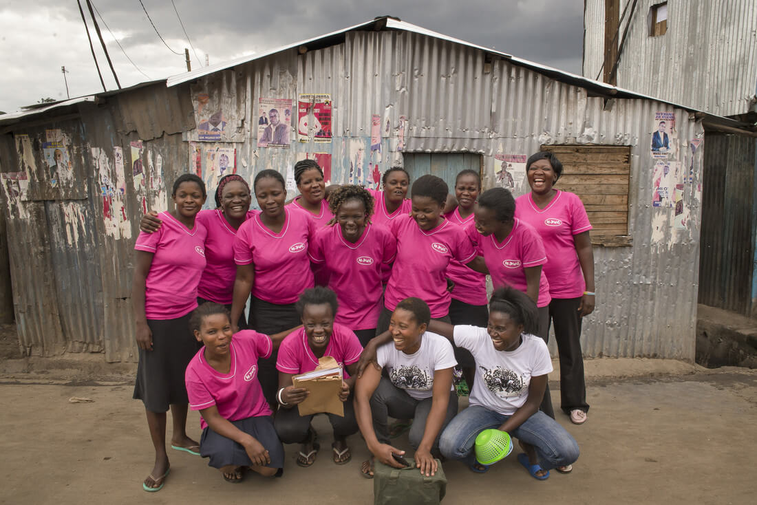 Members of Wezesha Jamii in Mathare Ward, Mashimoni Village, in Nairobi, Kenya. (Credit: Katie G. Nelson/Oxfam)